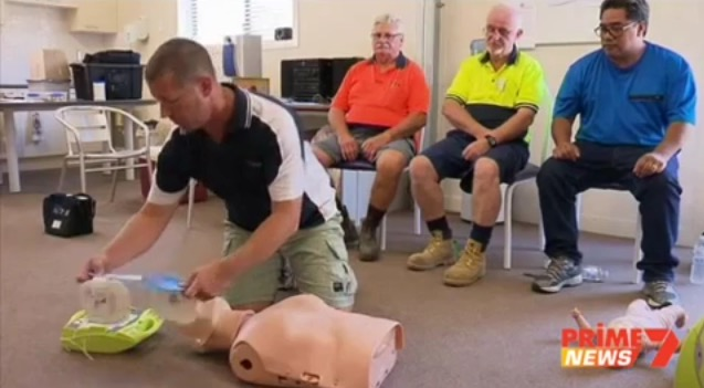 Wallis Lake Mens Shed receives life saving CPR training and AED device.